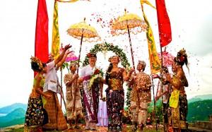 Удивительные свадебные традиции Бали